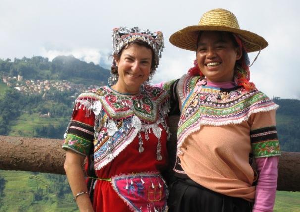 Voyageur Ciel Yunnan avec une dame Hani Yuanyang