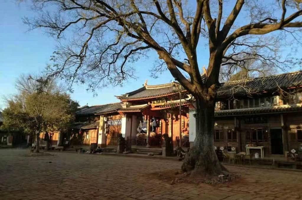place centrale du village Shaxi